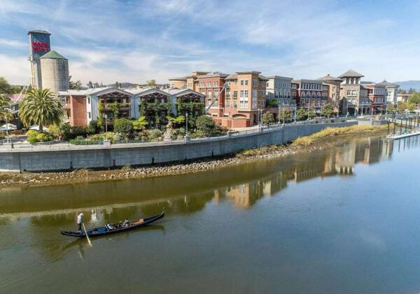 Things to do in Napa Valley - Gondola ride